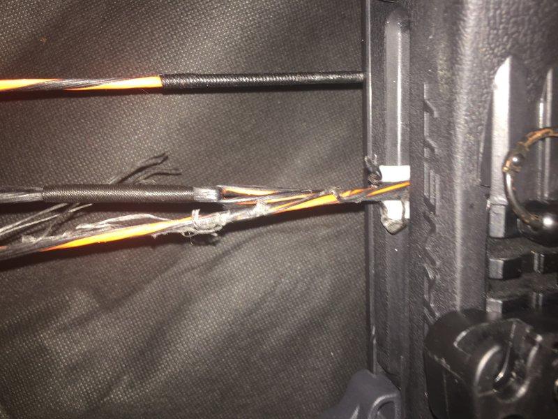 Barnett Gamecrusher 3 0 Service Strings Fraying With The Teflon Slide On Crossbow Nation